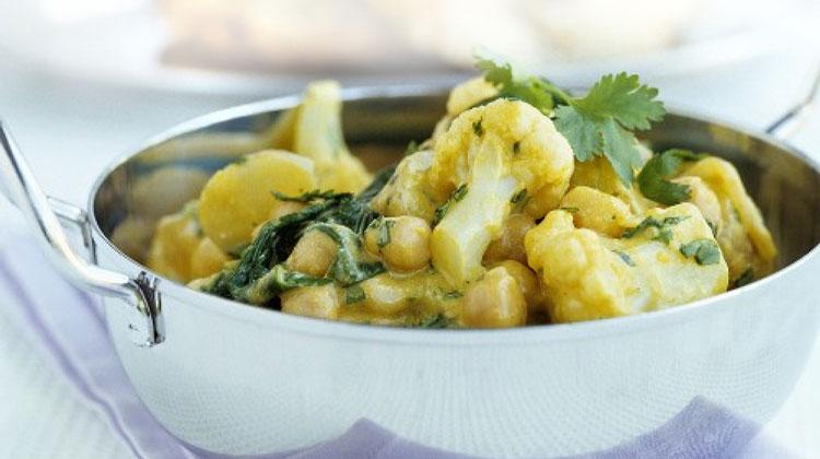 blumenkohl kichererbsen curry rezept vegetarisches von gesund aktiv. Black Bedroom Furniture Sets. Home Design Ideas