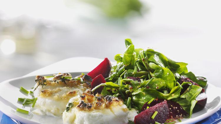 rote bete mit feldsalat und ziegenk se rezept vegetarisches von gesund aktiv. Black Bedroom Furniture Sets. Home Design Ideas