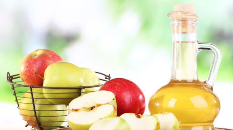 Apfelessig - das Allroundtalent für Gesundheit und Haushalt