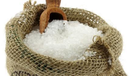 Sollten wir generell mit Salz geizen?